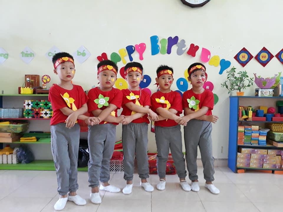 Hoạt động giáo dục Mầm non dựa vào cộng đồng chào mừng ngày Nhà giáo Việt Nam 20/11