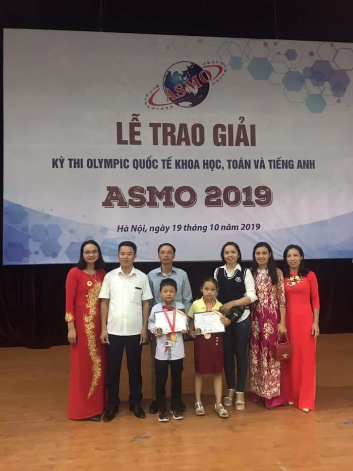 Trường Tiểu học Hồng Quang - Tấm gương người tốt việc tốt – Người thầy tiếp sức niềm yêu thích môn Toán cho học sinh